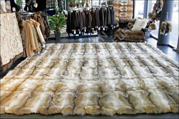 367 Natural coyote fur carpet