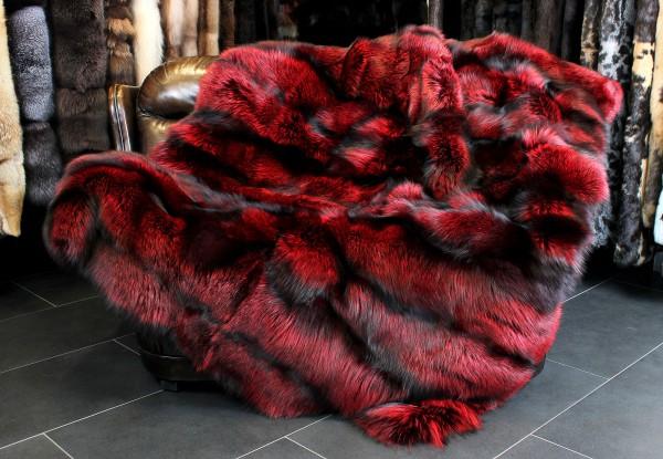Silverfox Fur Blanket - Ferrari red