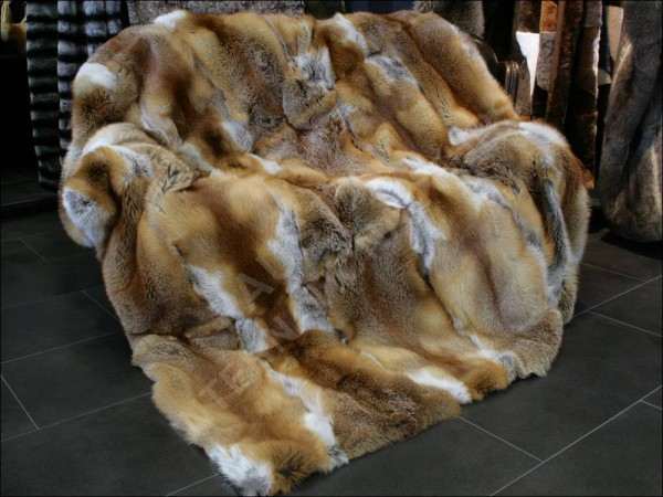 567 Red Fox Fur Blanket- natural - dark brown lining