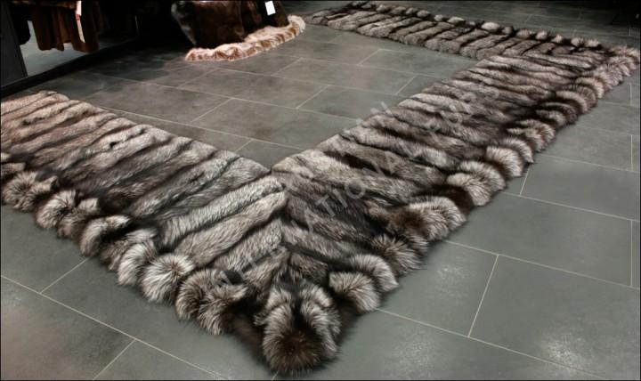 Saga Silver Fox Fur Bedside Rug Natural