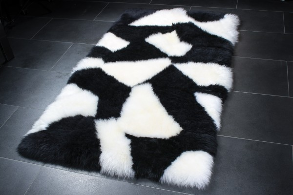 Sheepskin Rug in Black & White