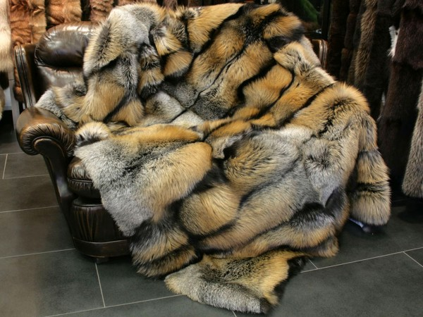SAGA Golden Cross Fox fur throw