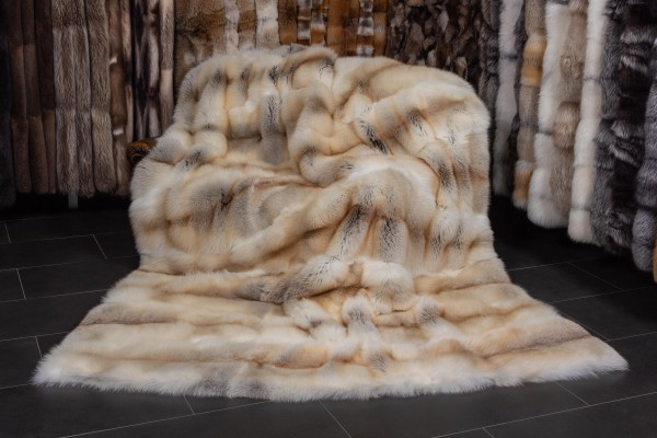Large Fawnlight Fox Fur Throw Honey