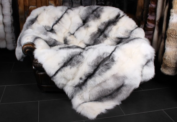 Shadow Blue Frost Fox Throw - Arctic Marble Style