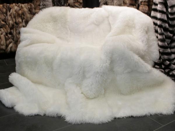 Australian Lamb Blanket - Lamb Fur Carpet in Natural White