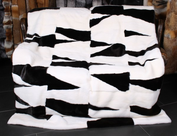 Mink Fur Blanket in natural Black & White