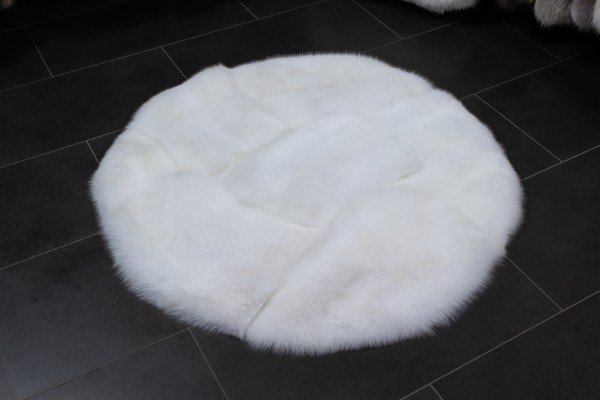 Round Shadow Fox Rug made with Scandinavian Foxes