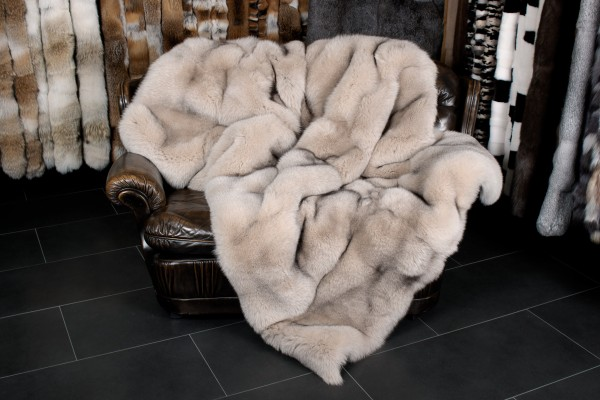 Scandinavian Blue Fox Throw in Creme