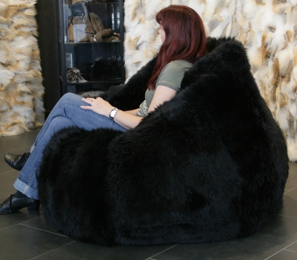 Lamb Fur Bean Bag in black