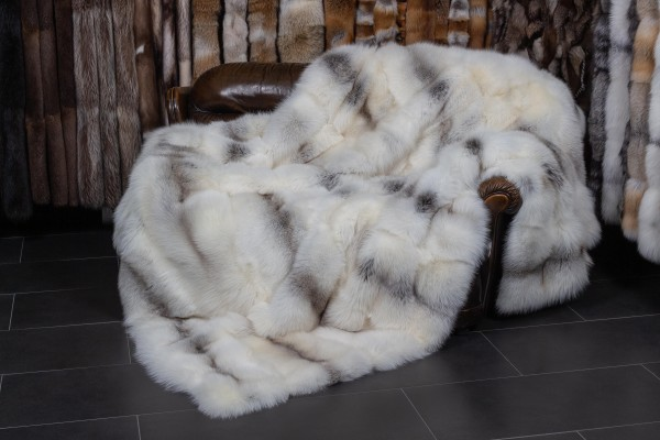 Large Fawnlight Fox Fur Blanket - Light Type