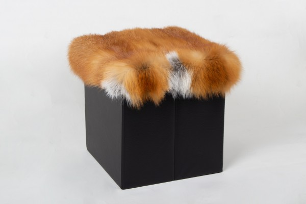Canadian Red Fox Sitting Chair