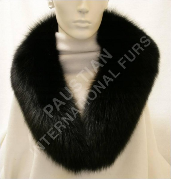 279 SAGA blue fox fur collar in black