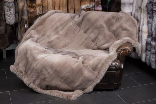 Real Fur Mink Throw with Shadow Fox frame