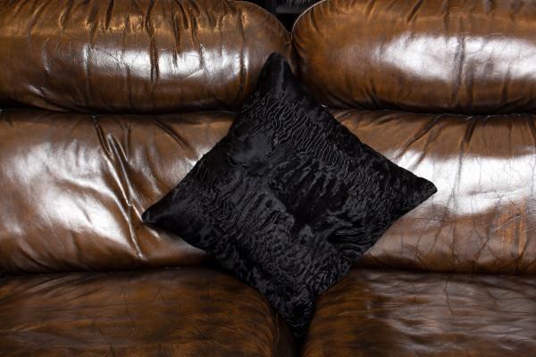 Decorative Genuine Fur Pillow with Persians Fur