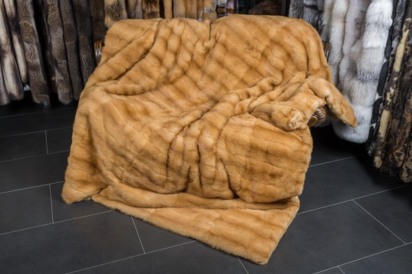 "Kolinsky Fur Throw ""Siberian Weasel"""