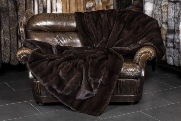 Cobija de piel de visón real - marrón oscuro