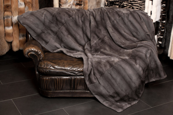 Special Real Fur Throw with Blue Iris Mink Skins