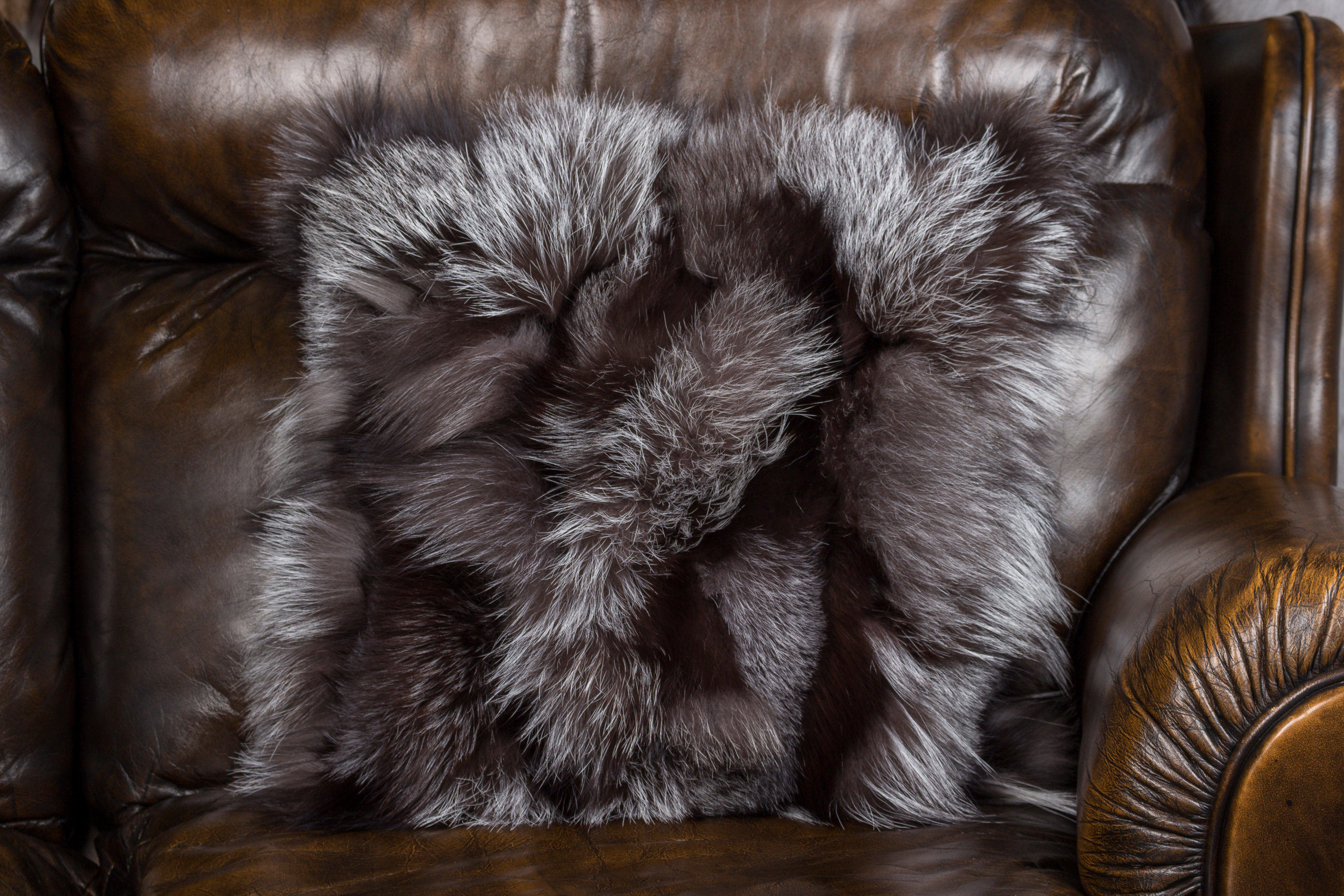 fabulous pillow cool accent square tips your blush for decor furry interior bed faux pillows lovely fur