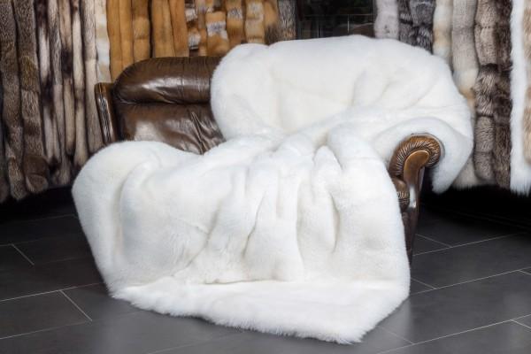 SAGA Shadow fox fur blanket - white