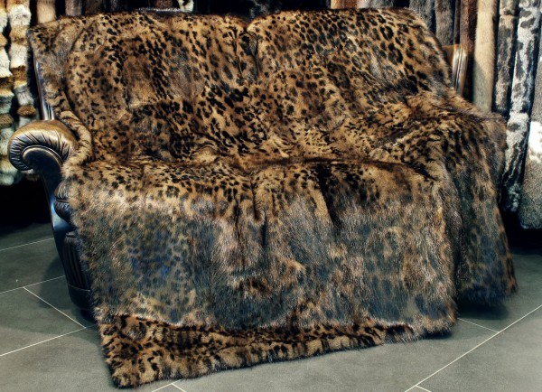 Musquash Fur Blanket in brown with catprint