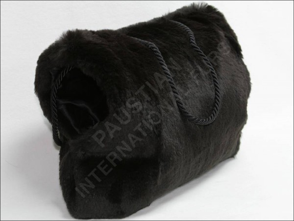 286 Rabbit fur muff in brown