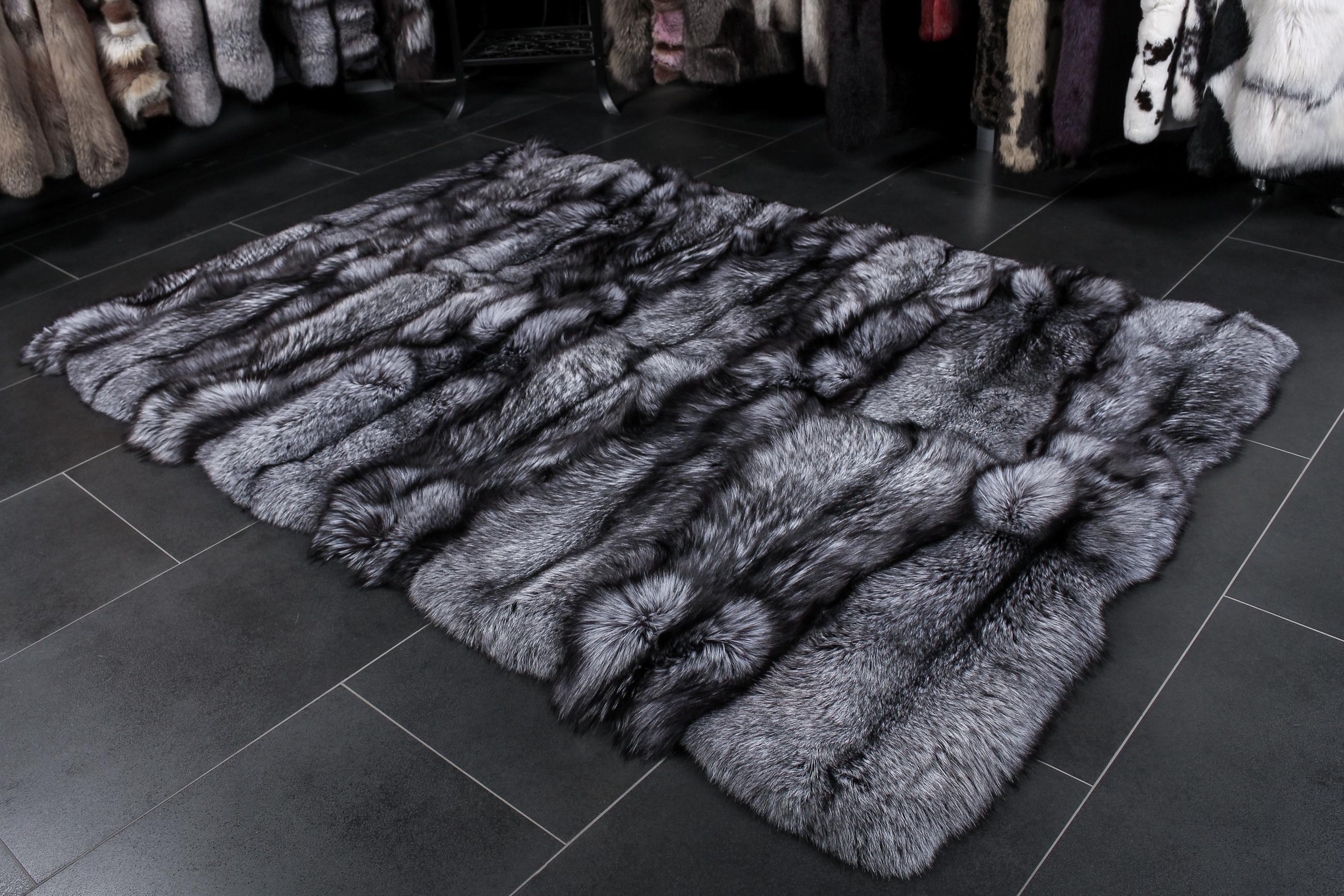 SAGA Silver Fox Fur Carpet in natural