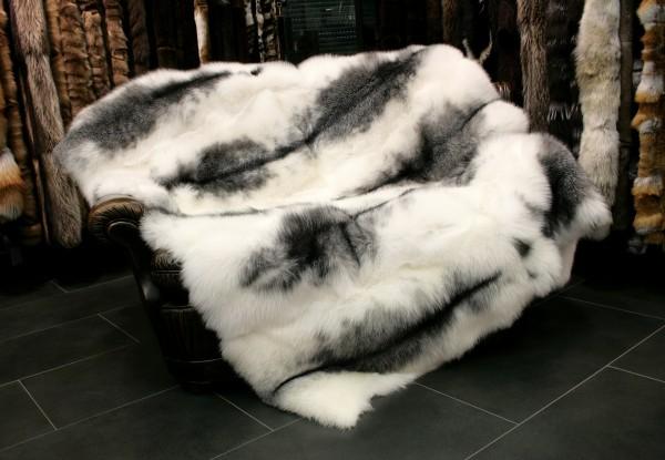 SAGA Arctic Marble Frost Fox Fur Blanket