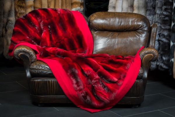 Cobija Roja de Piel Chinchilla