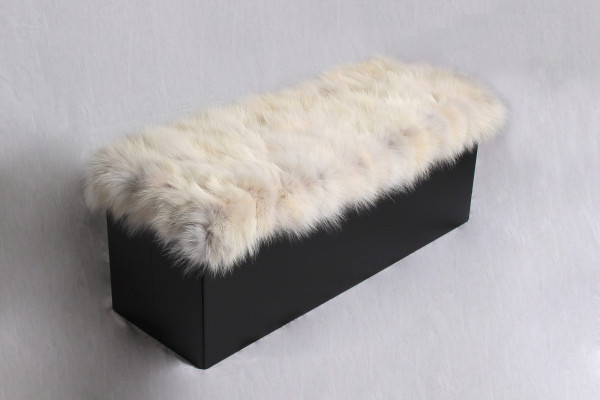 Foldable Sitting Chair with Coyote Real Fur