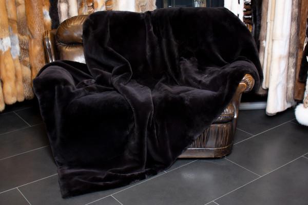 Cozy Genuine Fur Blanket with Black Beaver Fur
