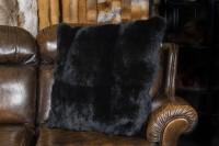 Almohada de piel de conejo de pelo largo