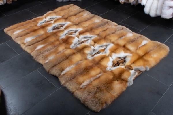 Zorro rojo canadiense salvaje - alfombra de piel