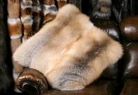Golden Island fox fur pillow (SAGA Fur)