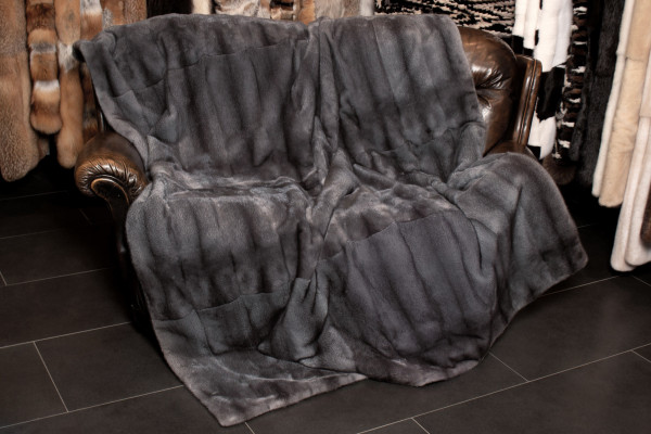 Comfy Real Fur Throw with Mink Skins