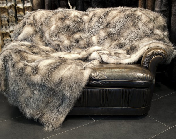 North American Opossum Fur Rug