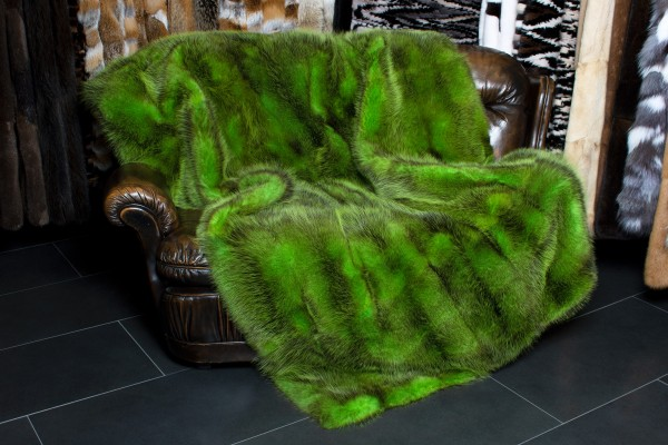 Special Fur Throw from American Possum Skins in Green
