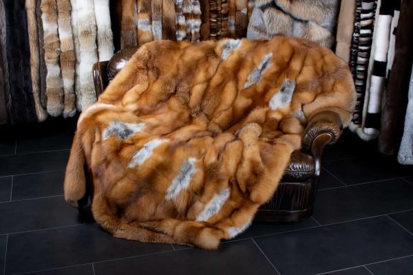 Manta de zorro rojo hecha con zorros rojos canadienses