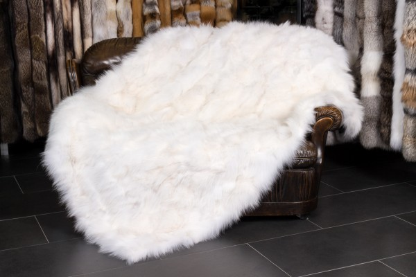 Cuddly Fox-Sides Fur Blanket - white