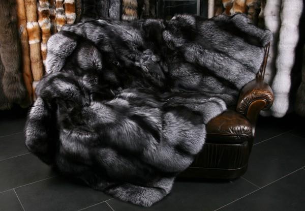 Lujosa manta de piel exclusiva de zorro plateado