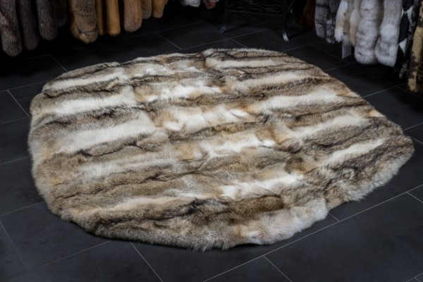 Canadian Coyote Fur Carpet - Round Shape