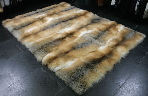 Noble fur carpet from SAGA golden island foxes