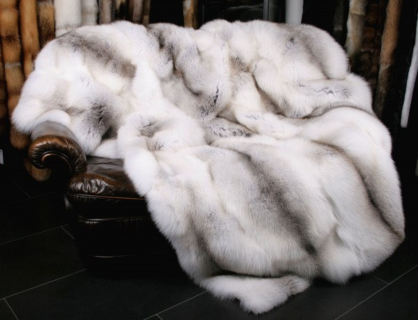SAGA Fawn light fur blanket