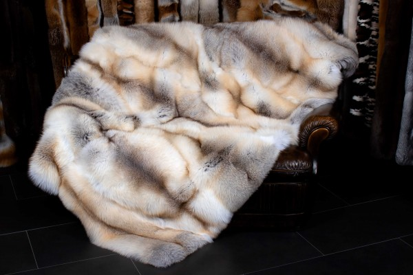 "Fur Blanket made of Fawnlight Fox ""Caramel"""