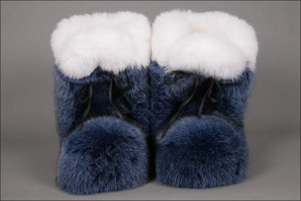 416 Origin Assured Blue fox fur slippers