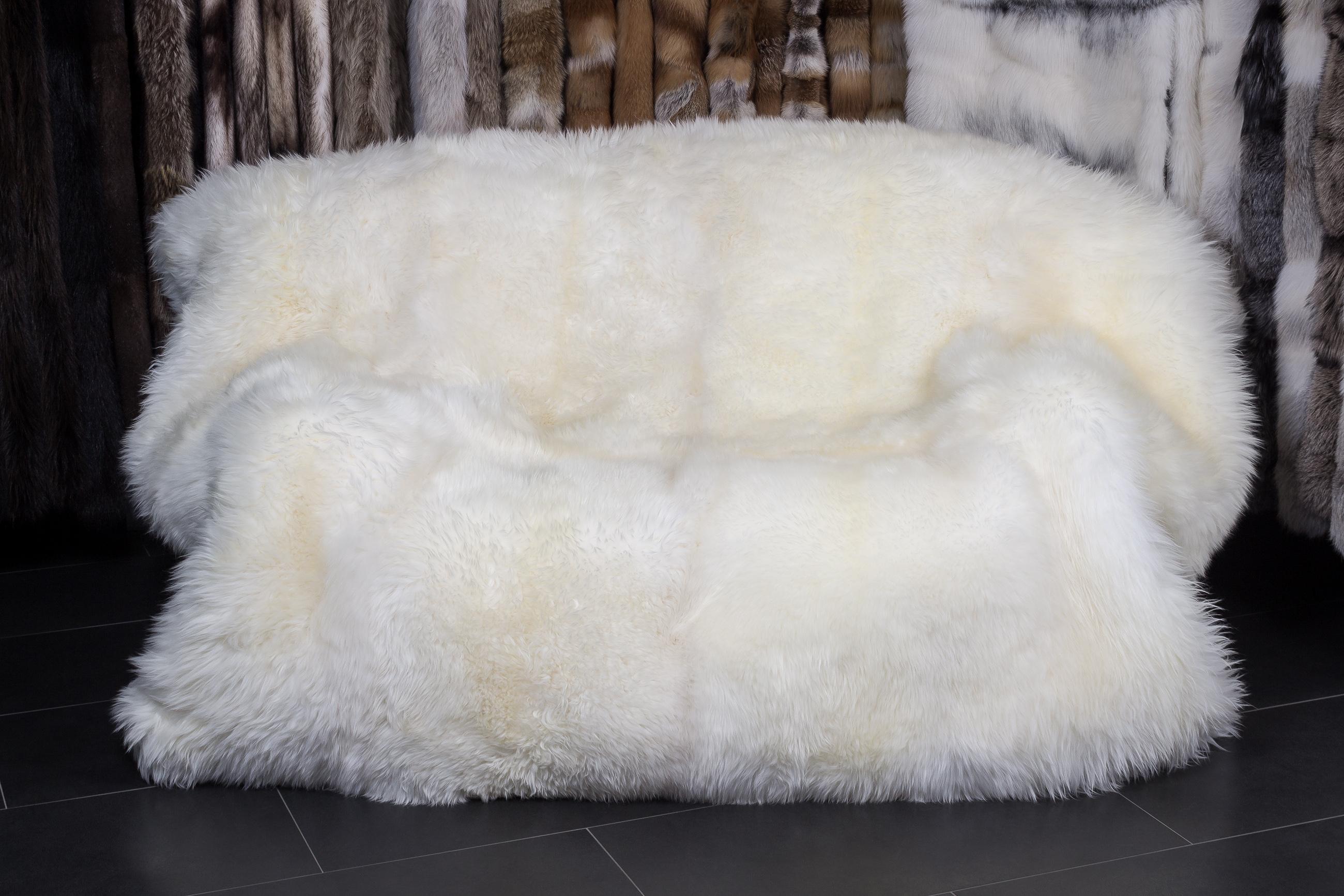 Natural Tibetan Lamb Rug Goat Skin Blanket Mongolian Blanket Sheep Fur Entertainment Memorabilia