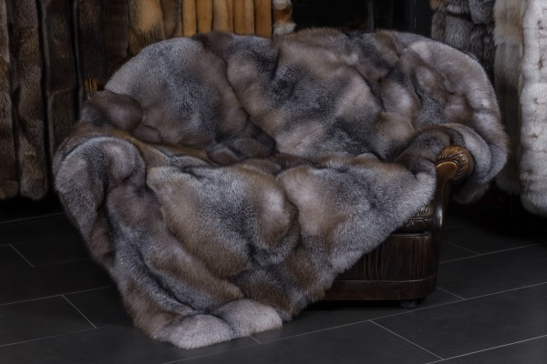 "Blue Frost Fox Throw ""Brown-Type"""