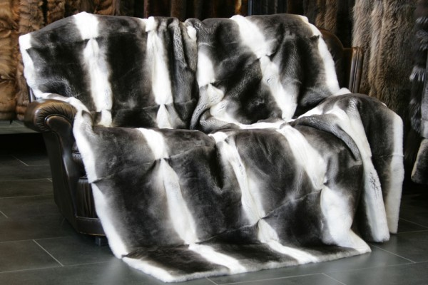 "Exclusive ORYLAG rex rabbit fur throw in ""Chinchilla""-Style"