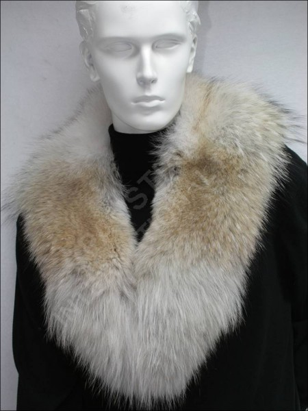 514 Coyote fur collar