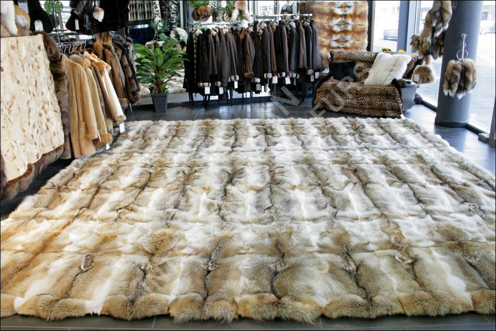 Genuine Coyote Fur Carpet In 4x4m Master Furrier Lars