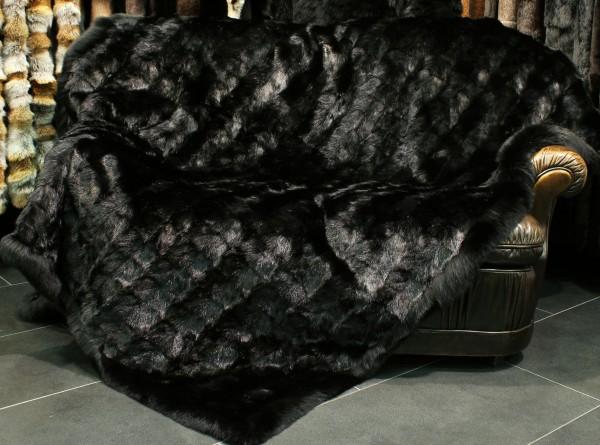 Manta de piel de almizcle en negro